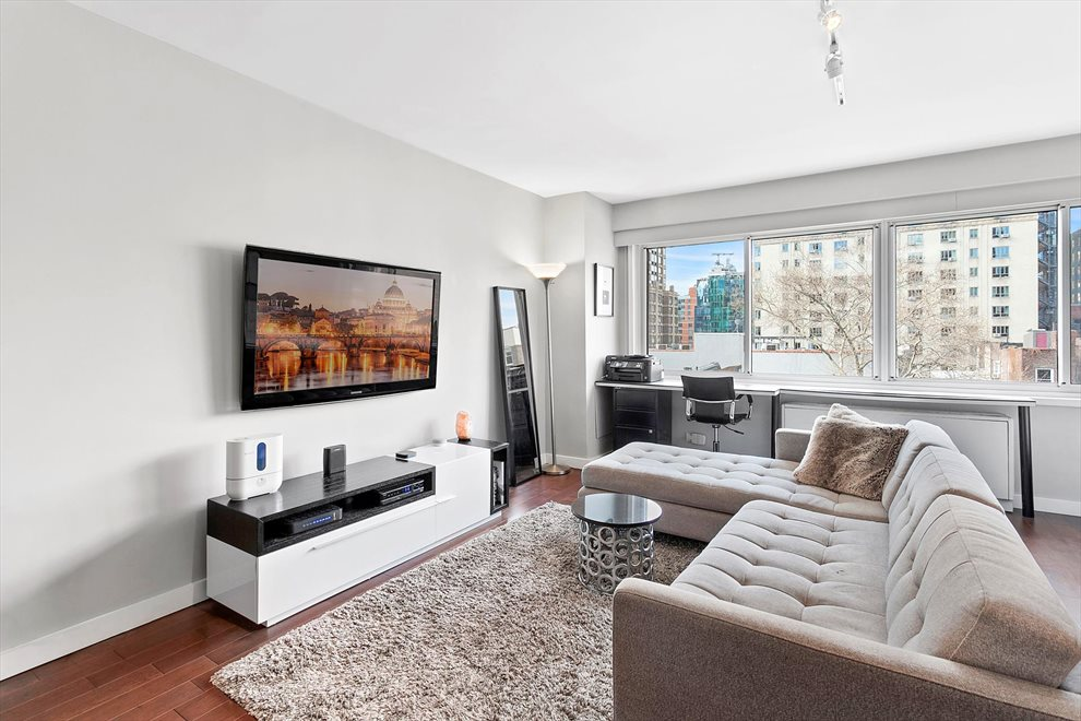 New York City Real Estate | View West 21st Street | 1 Bed, 1 Bath