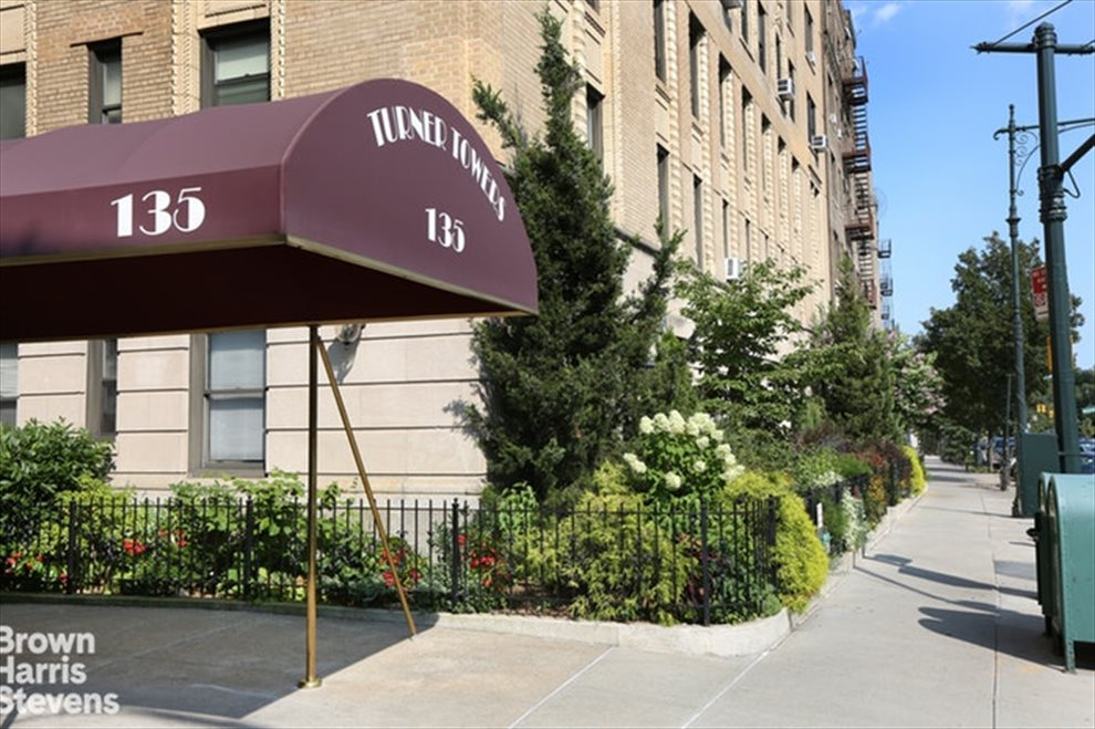 New York City Real Estate | View Eastern Parkway #1C | room 9