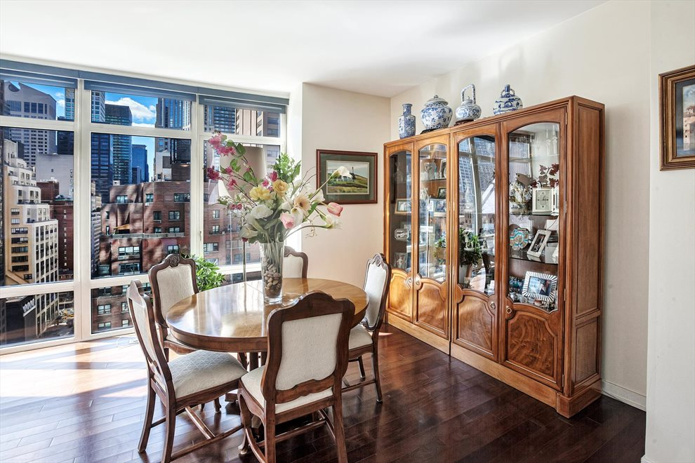 New York City Real Estate | View East 57th Street | room 4