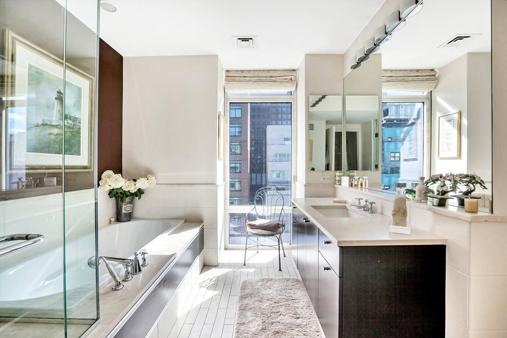 New York City Real Estate | View East 57th Street | room 9