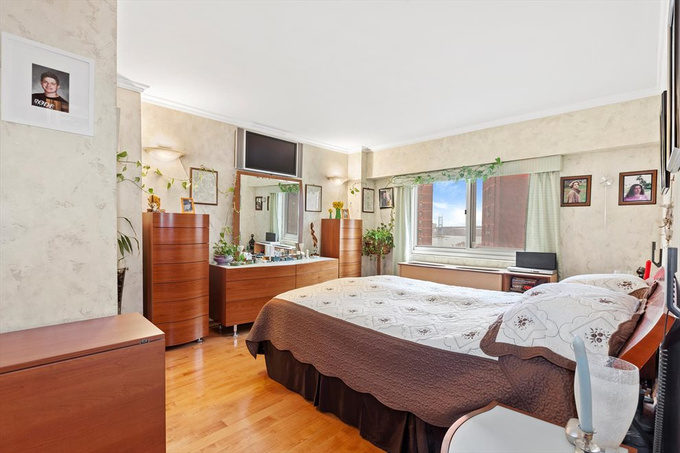 New York City Real Estate | View East 93rd Street | room 4