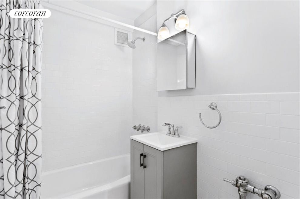 New York City Real Estate | View 415 Beverley Road, #1G | Bathroom