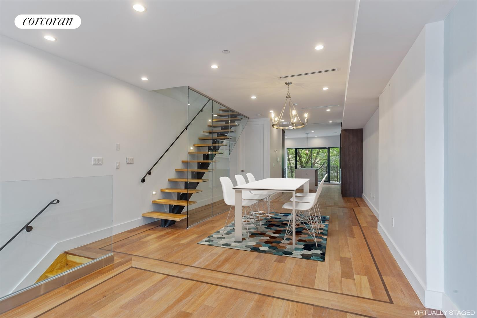 1592 Pacific Street Interior Photo