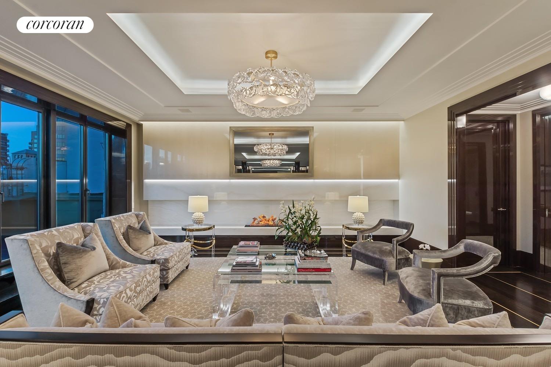 885 Park Avenue Interior Photo