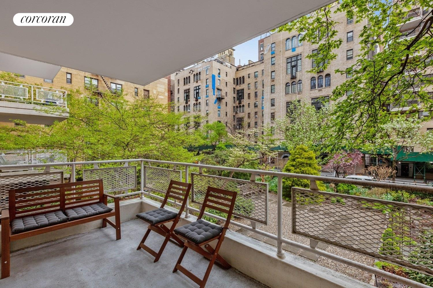 40 East 9th Street, 2F, Overlooking the spectacular garden