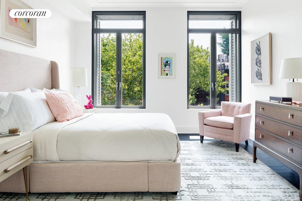 Secondary bedroom with en-suite bathroom