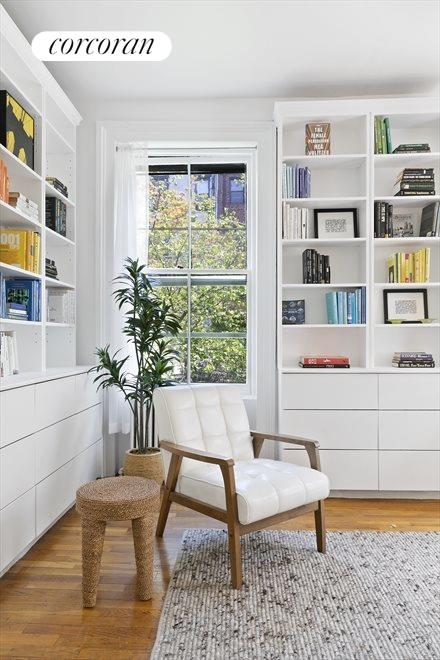 Flexible bedroom, currently used as home office