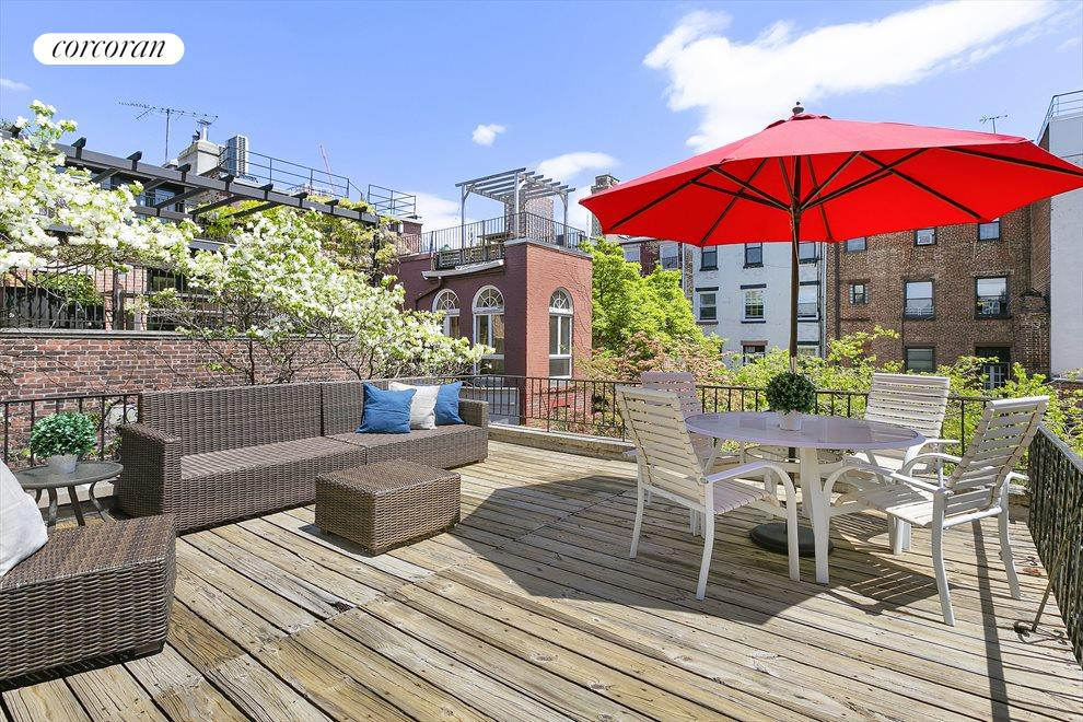 Large nearly 17x19 sq ft private terrace