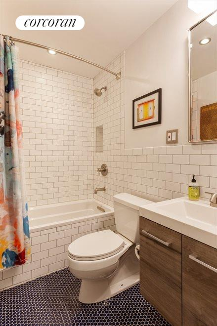 Fully Renovated 2nd Bathroom