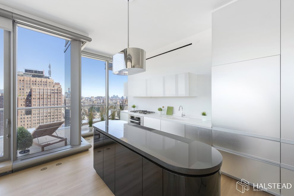 New York City Real Estate | View Leonard Street | room 3