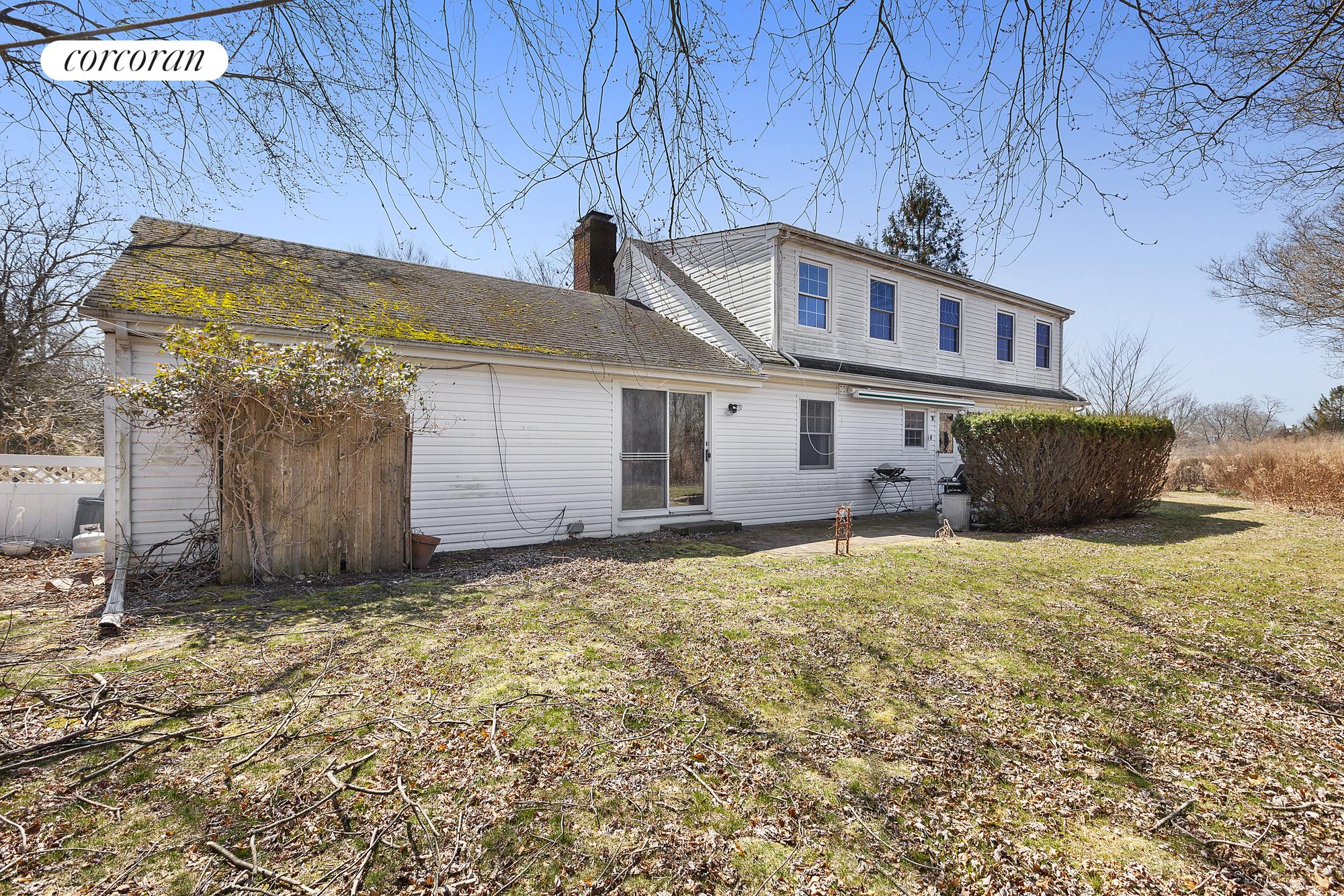 7 Center Street, Large lot!