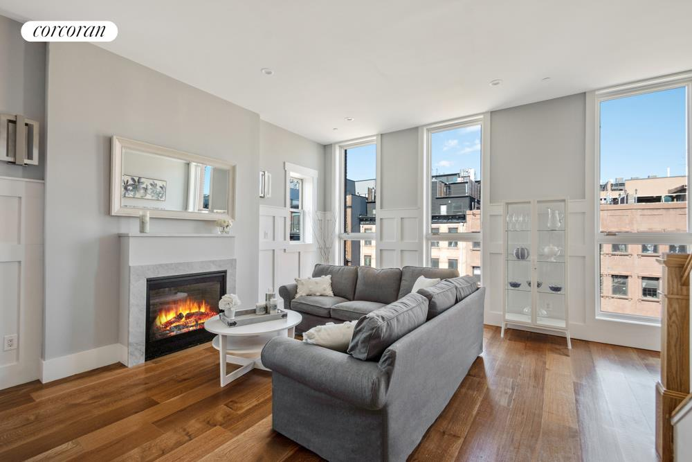 44 Lexington Avenue, 3D, Living Room