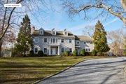 22 Great Oak Way, East Hampton