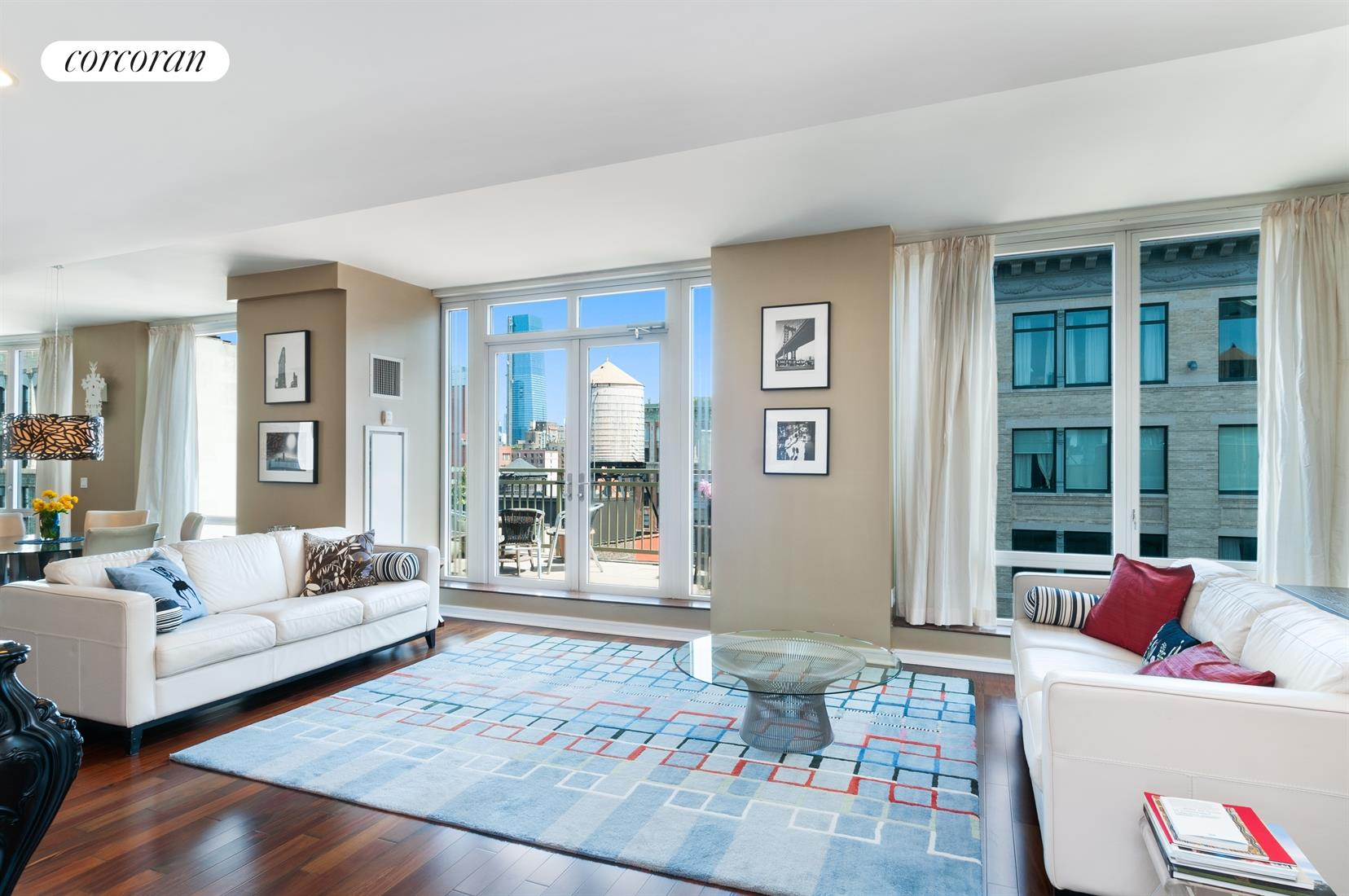 130 West 19th Street, PH2B, Expansive Living Room