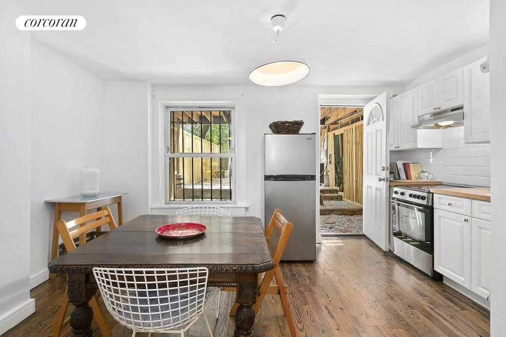 Charming eat-in kitchen in the garden level rental