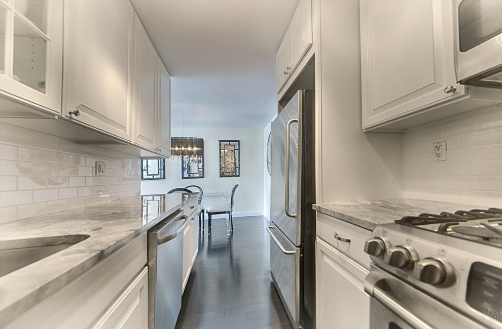 New York City Real Estate | View East 57th Street | room 13