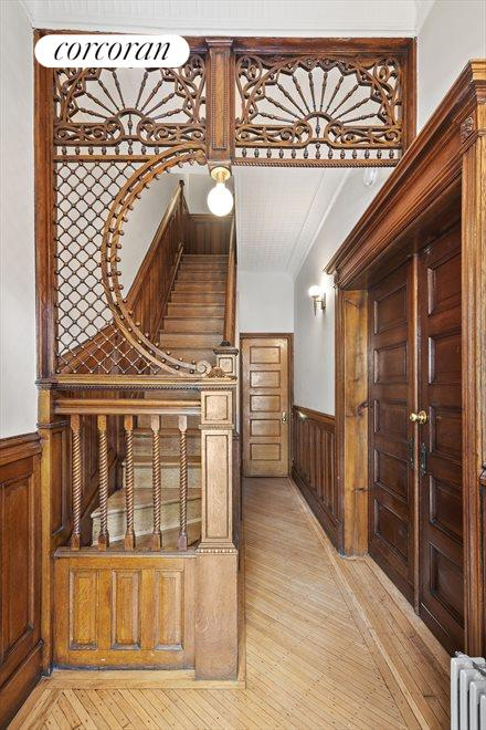 Beautiful Entry Way Staircase