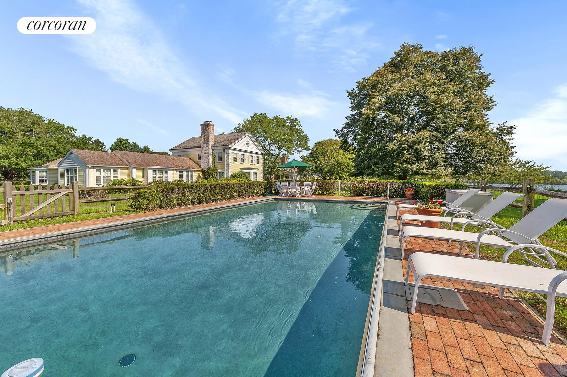 363 & 351 Sagaponack Rd, Select a Category