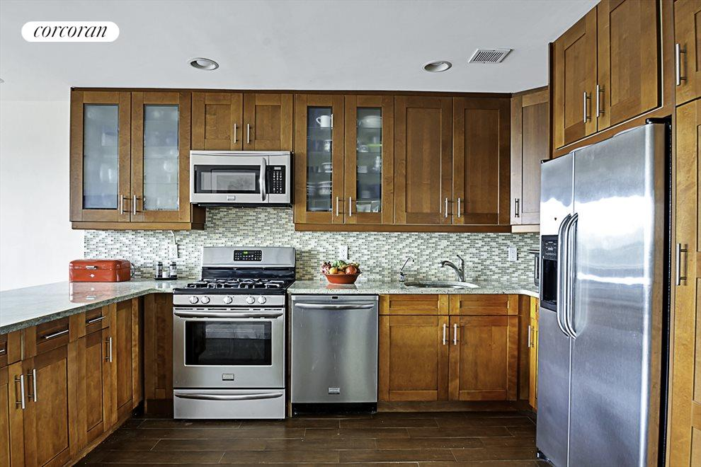 Lots of cabinetry - Great Storage