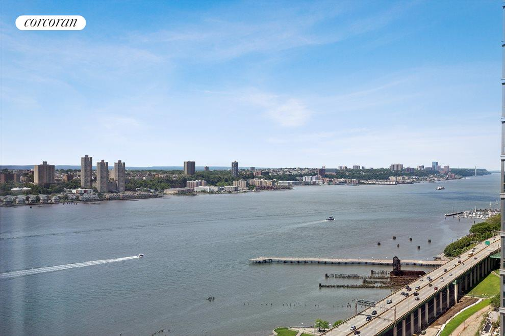 North view up Hudson River to the GW Bridge