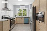 2113 24th Road, Astoria