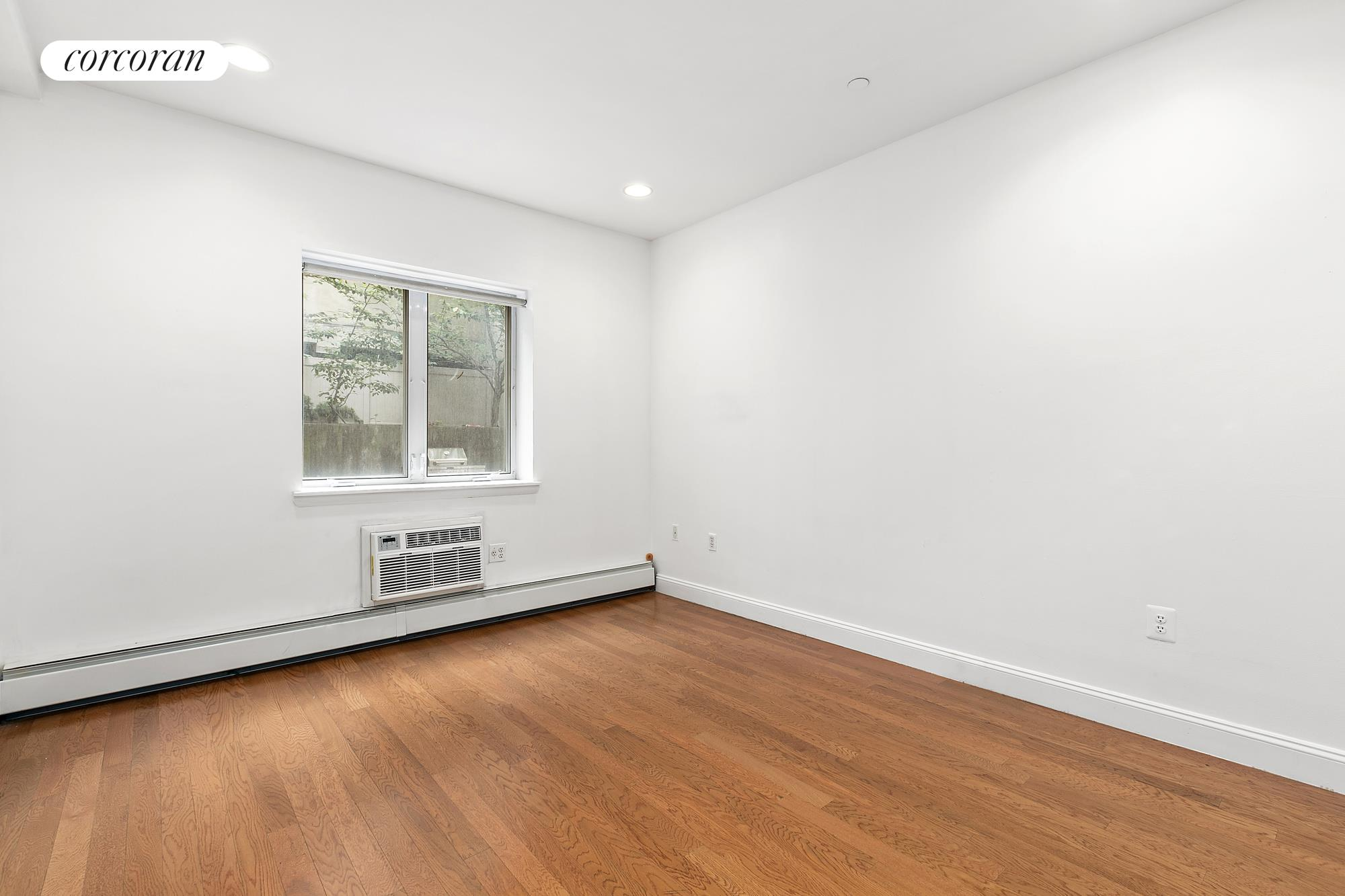 525 Vanderbilt Avenue, 1A, Virtually staged