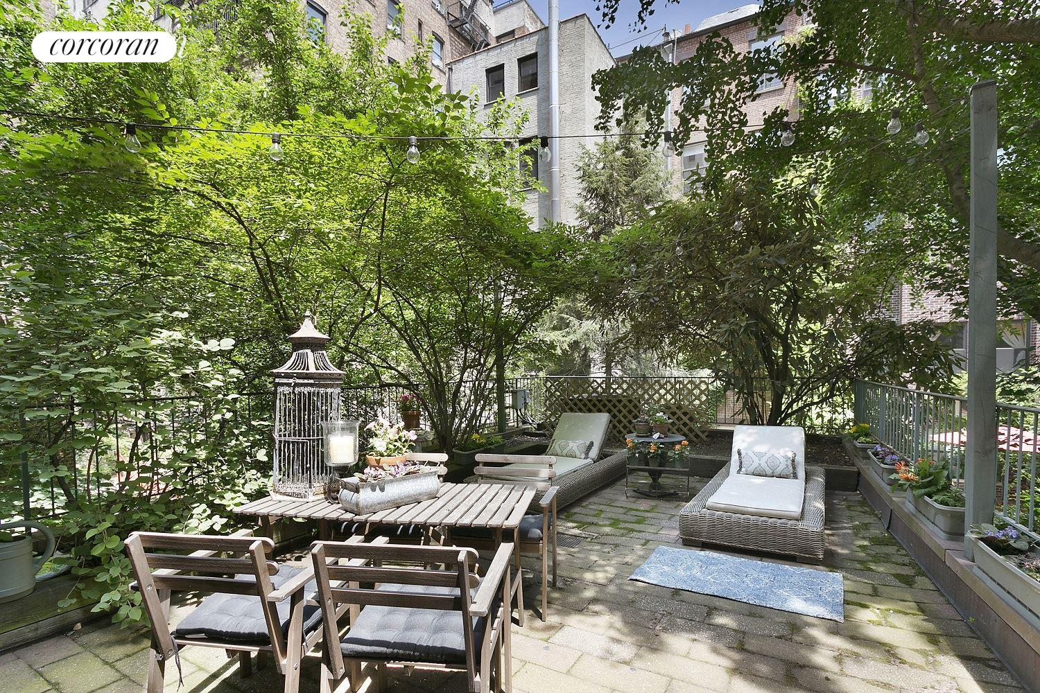 31 West 82nd Street, PARLOR, 500 ST Patio