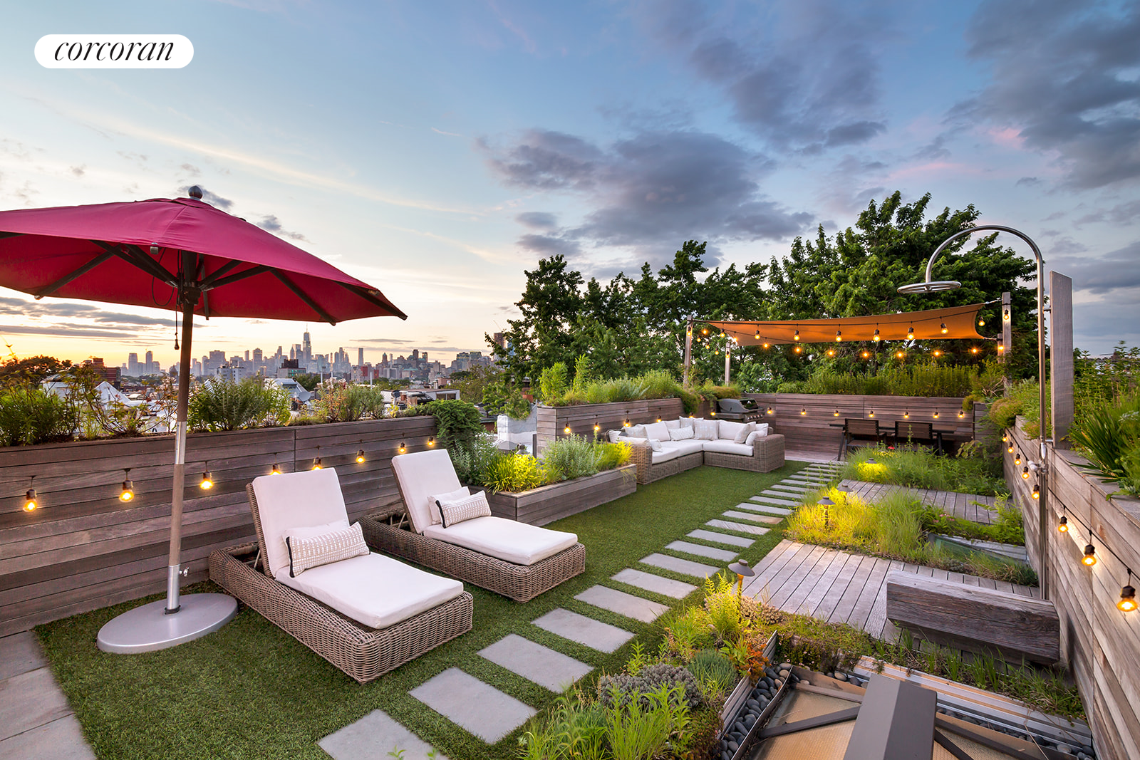 437 2nd Street, 4, Private Roof Garden with Outdoor Shower