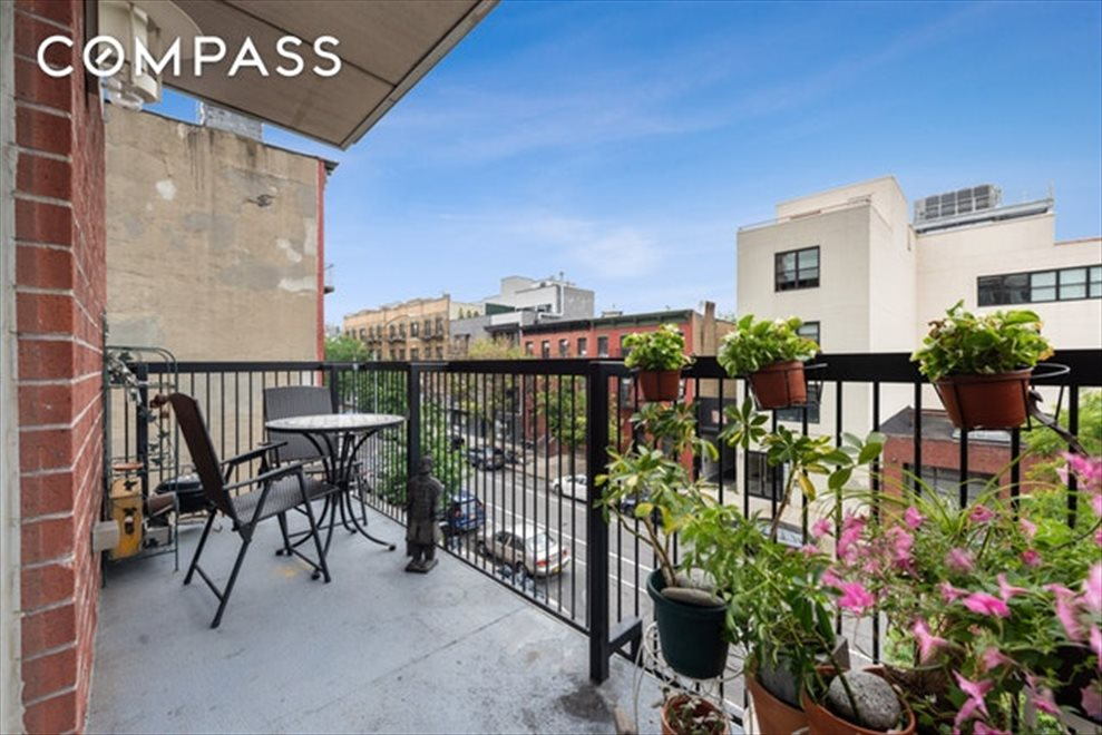 New York City Real Estate | View Bergen Street | room 6