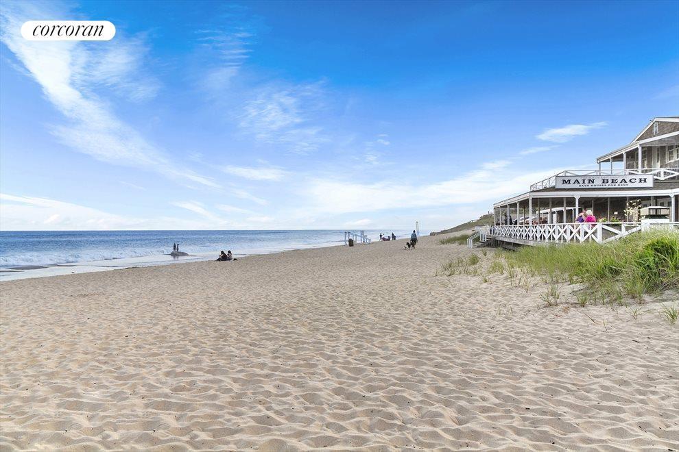 Main Beach Minutes Away