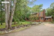73 Oak Ln, Amagansett