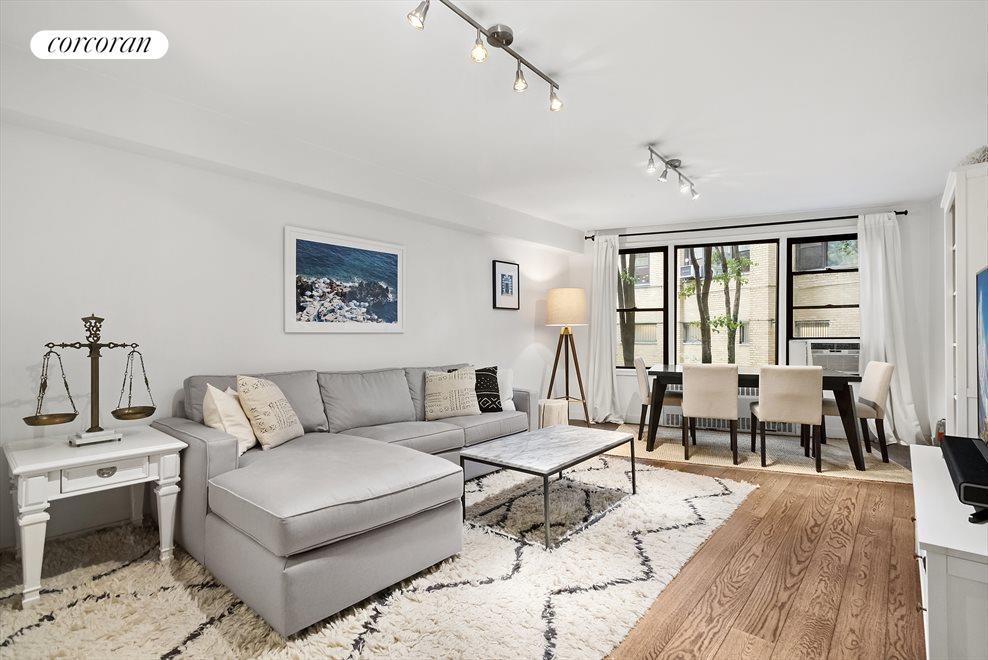 Expansive Living Room overlooking tranquil Garden!