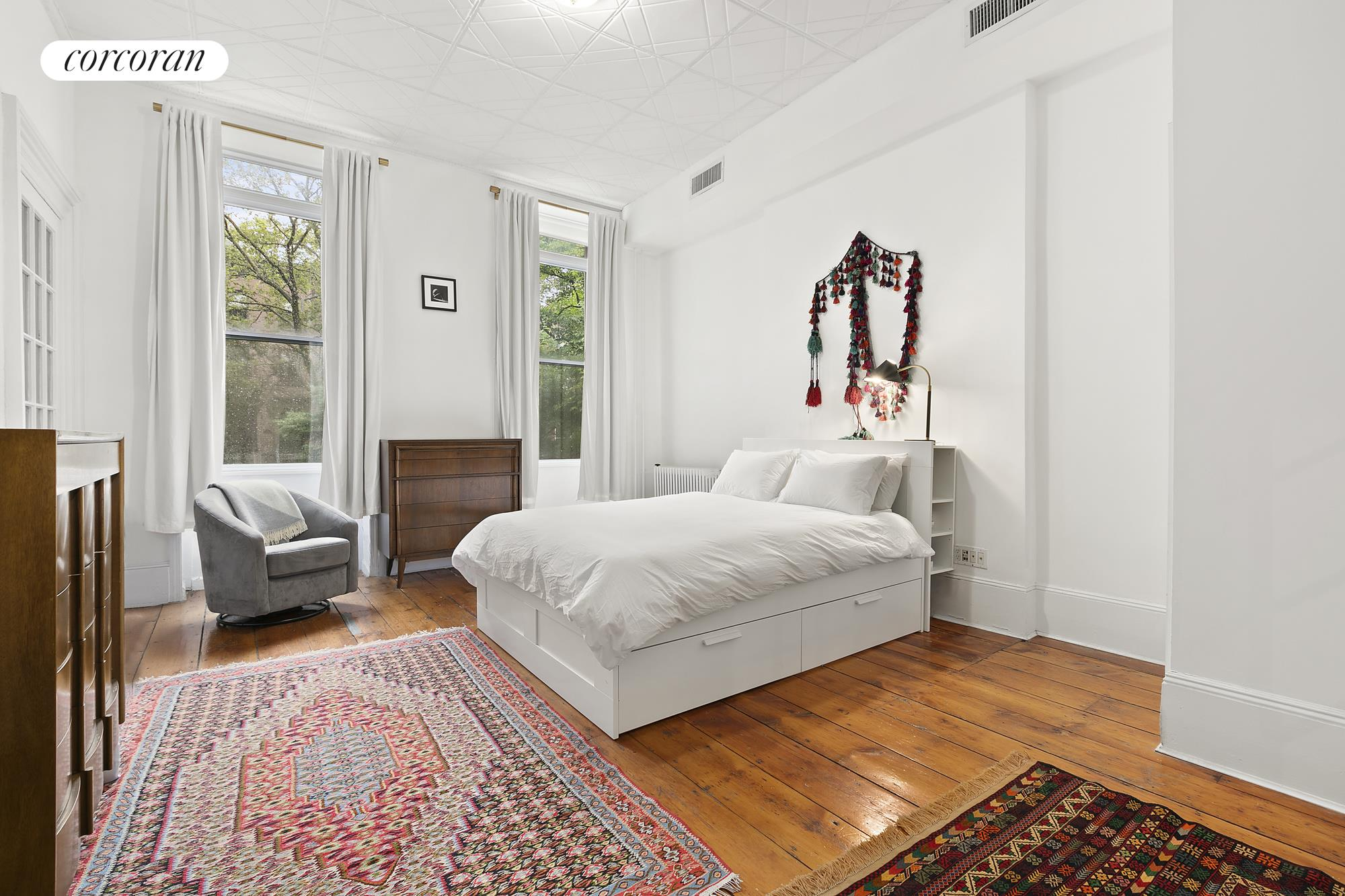 33 2nd Place, Apt PARLOR, Brooklyn, New York 11231