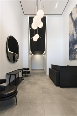 New York City Real Estate | View 287 EAST HOUSTON ST, #7A | Double height lobby