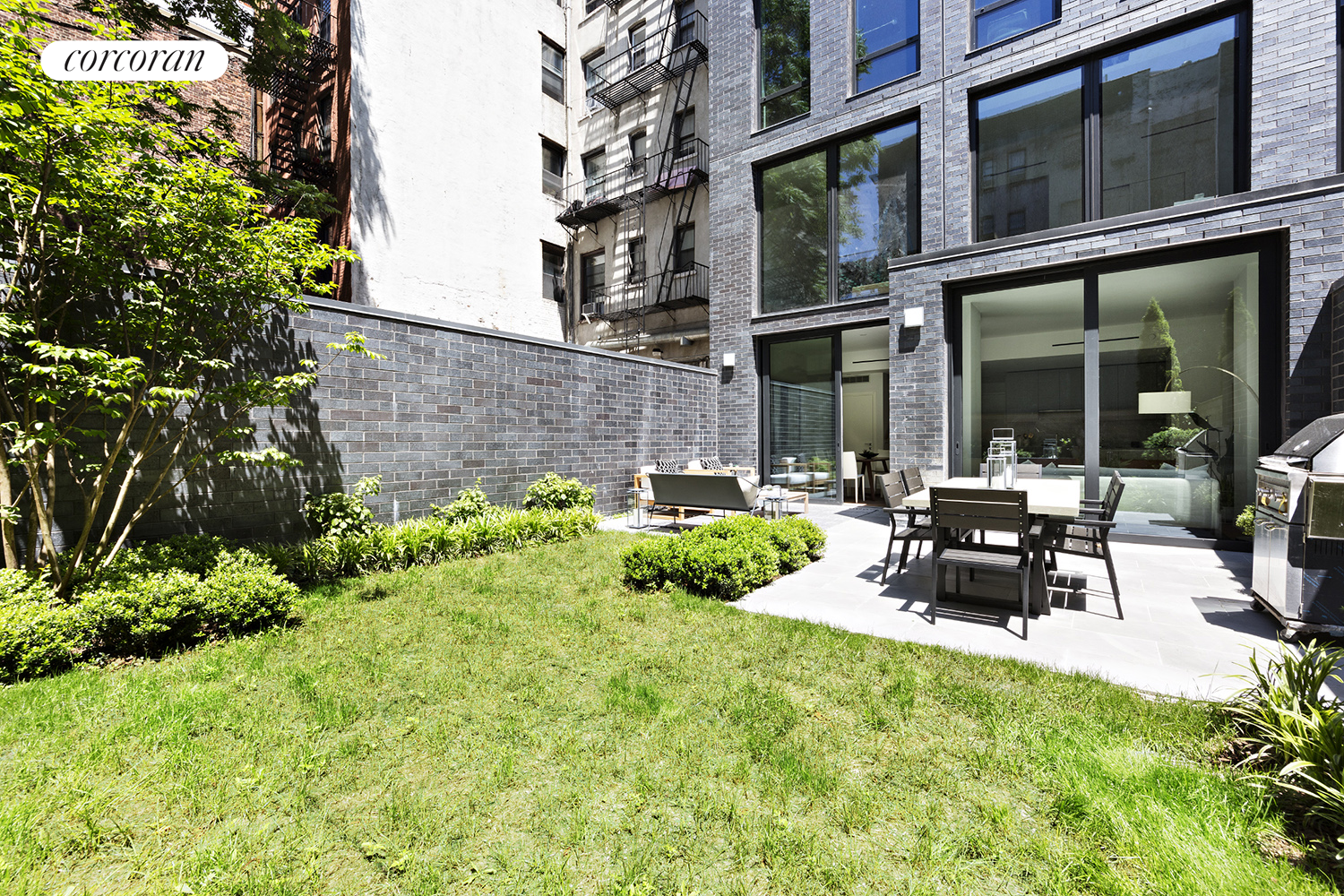 287 EAST HOUSTON ST, MAISONETTE, Appx 800sf Private Garden with gas grill