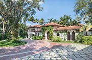6385 Pinetree Drive Cir , Miami Beach