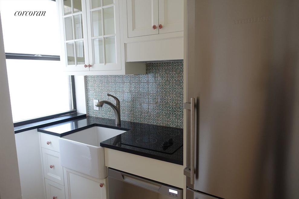 Reno Windowed Kitchen