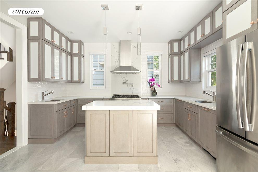 Heated marble floors throughout kitchen