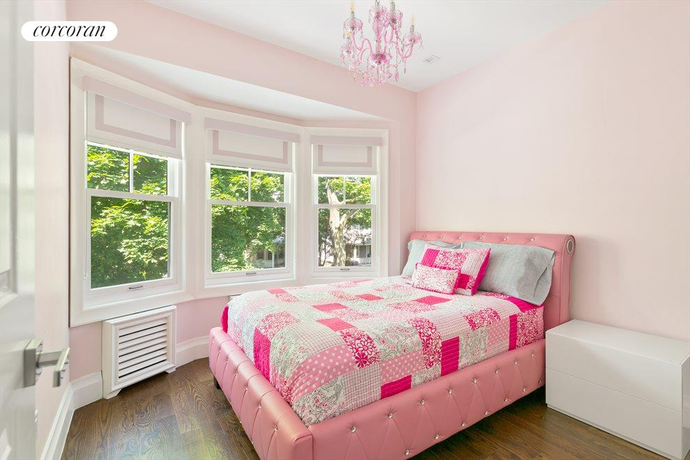 Bright with treetop views from bedrooms