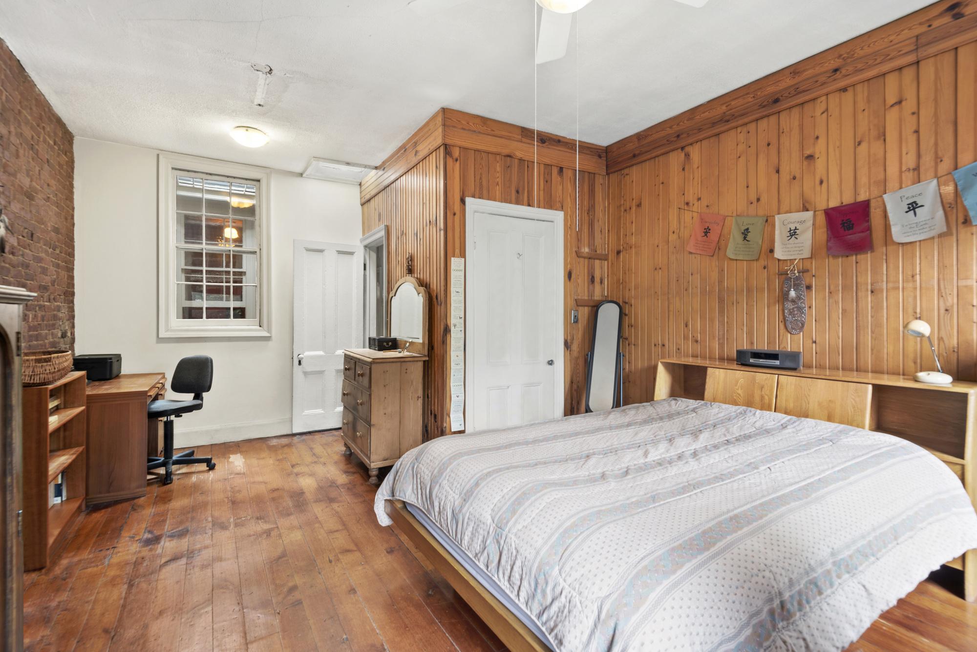 80 Vanderbilt Avenue Interior Photo
