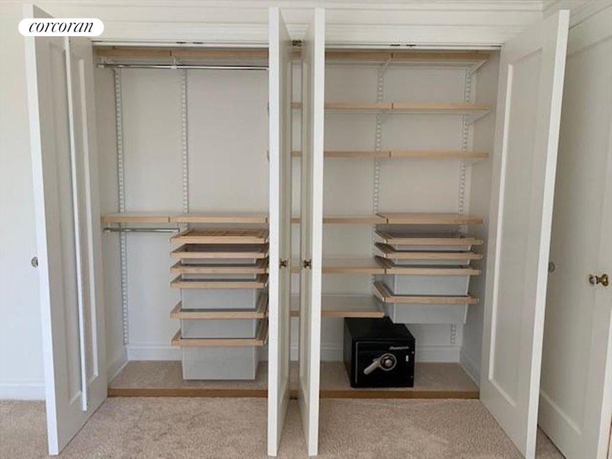 Custom BR Closets