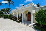 661 N Lake Way, Palm Beach