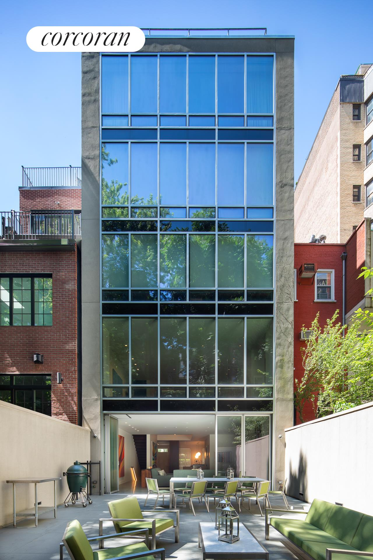 125 East 92nd Street, Building Exterior