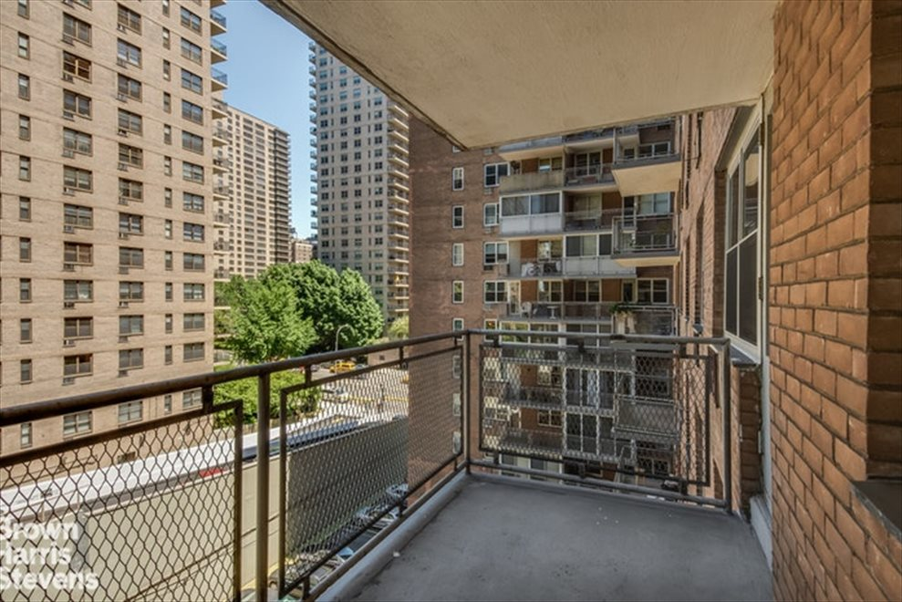 New York City Real Estate | View West 66th Street | room 11