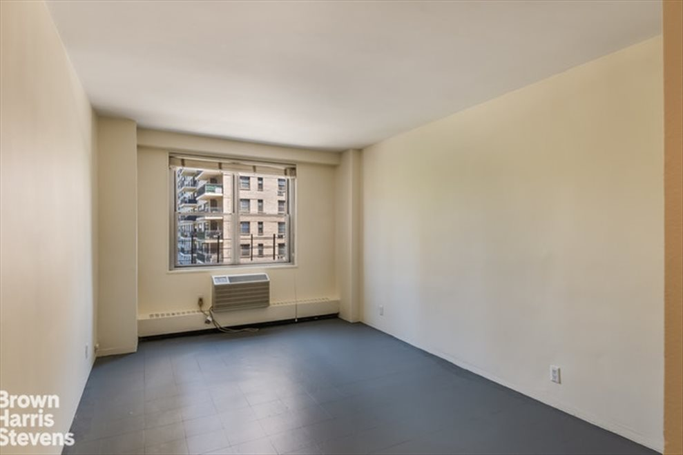 New York City Real Estate | View West 66th Street | room 6
