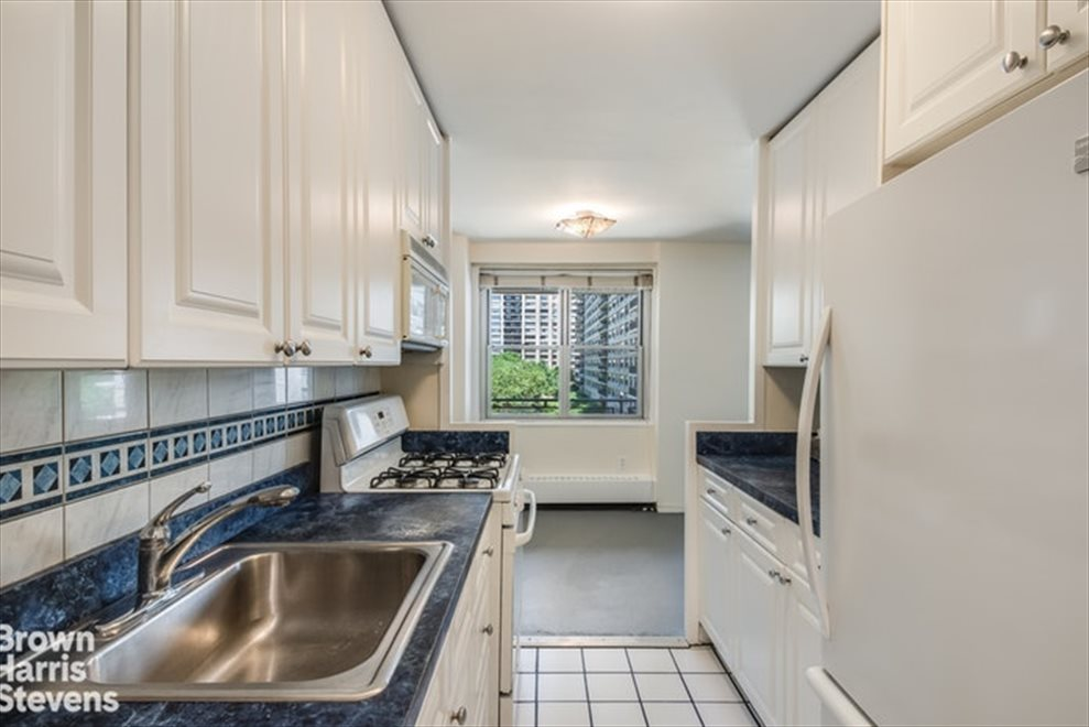 New York City Real Estate | View West 66th Street | room 9
