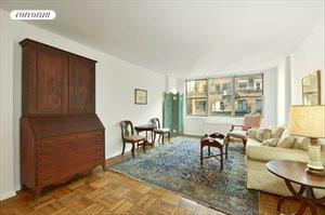 207 East 74th Street, Apt. 3B, Upper East Side
