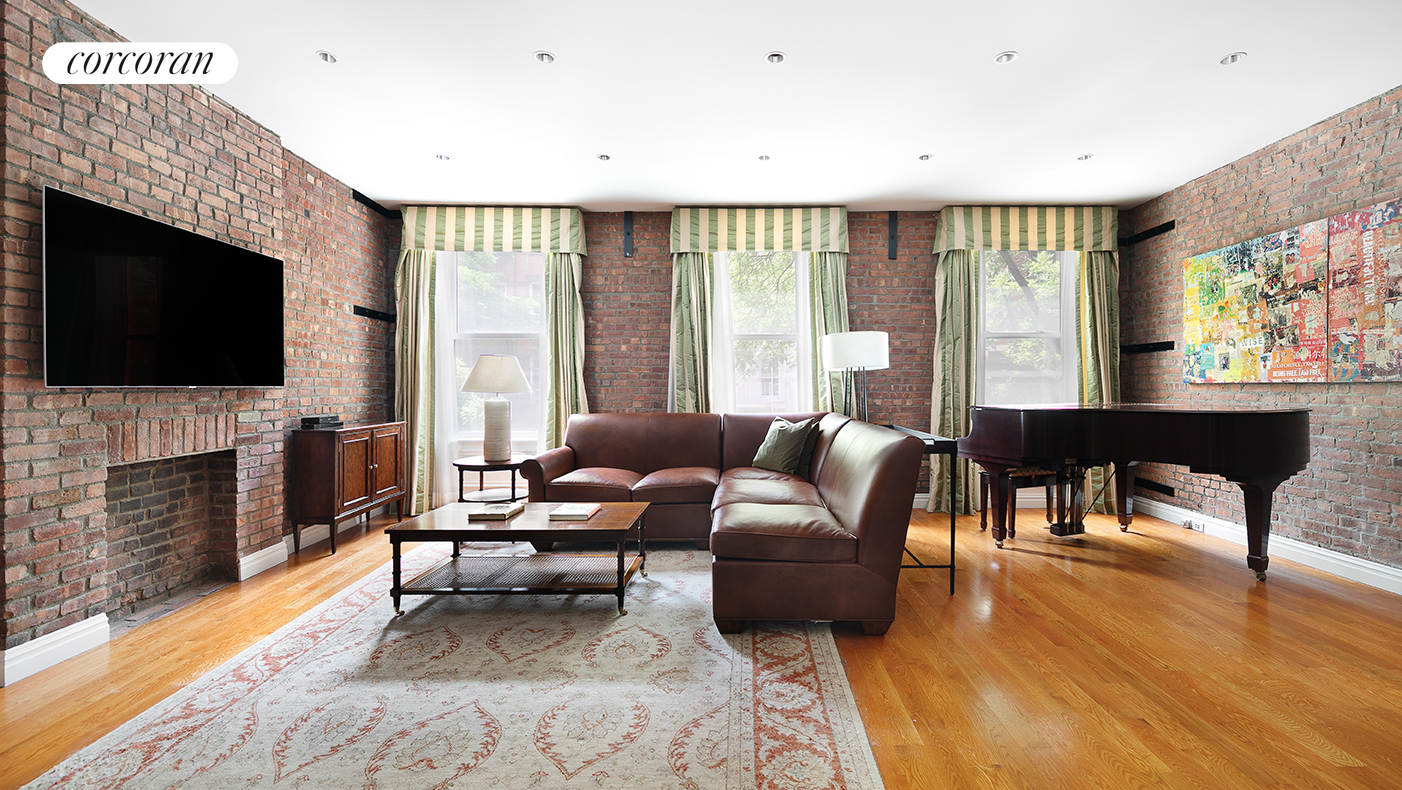 315 East 83rd Street, Formal Living Room