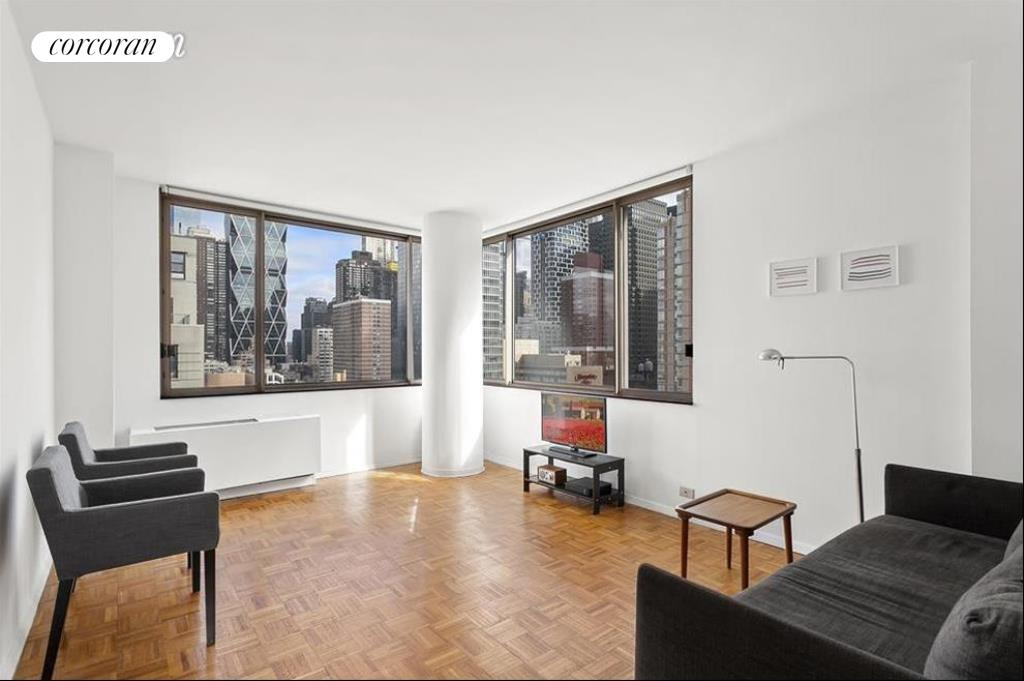 350 West 50th Street, 16I, Living Room