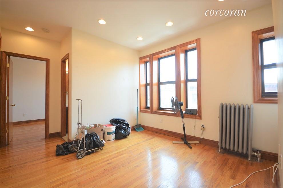 535 45th Street Interior Photo